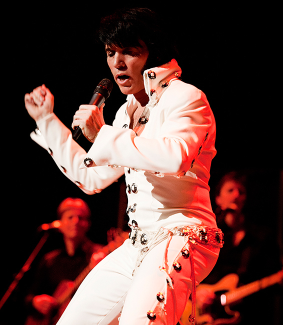 One-night-of-ELVIS-צילום-Richard-Walter.jpg